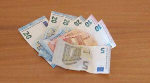 Oman talouden tilanneanalyysi